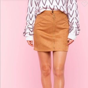 NWT! Suede Mini Skirt Small Light Brown